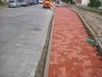 Zámkové dlažby Semmelrock Behaton, červená obrubník cestný
